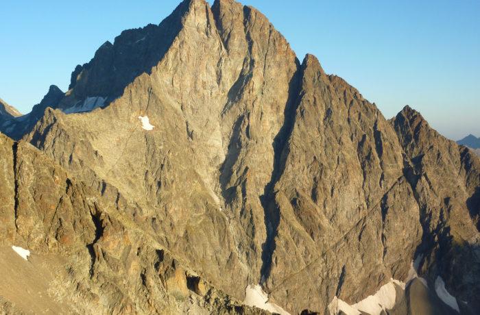 Pointe du Vallonnet (Pilier S) + Olan (Arête N et traversée) 4 J